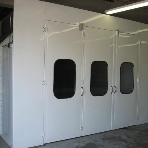 Automotive Downdraft Spray Booth 2